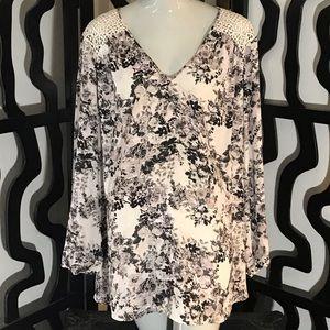 DR2 Plus Size Long Sleeve Floral Print Blouse